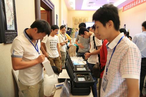 dolphin-data-lab-data-recovery-seminar-2