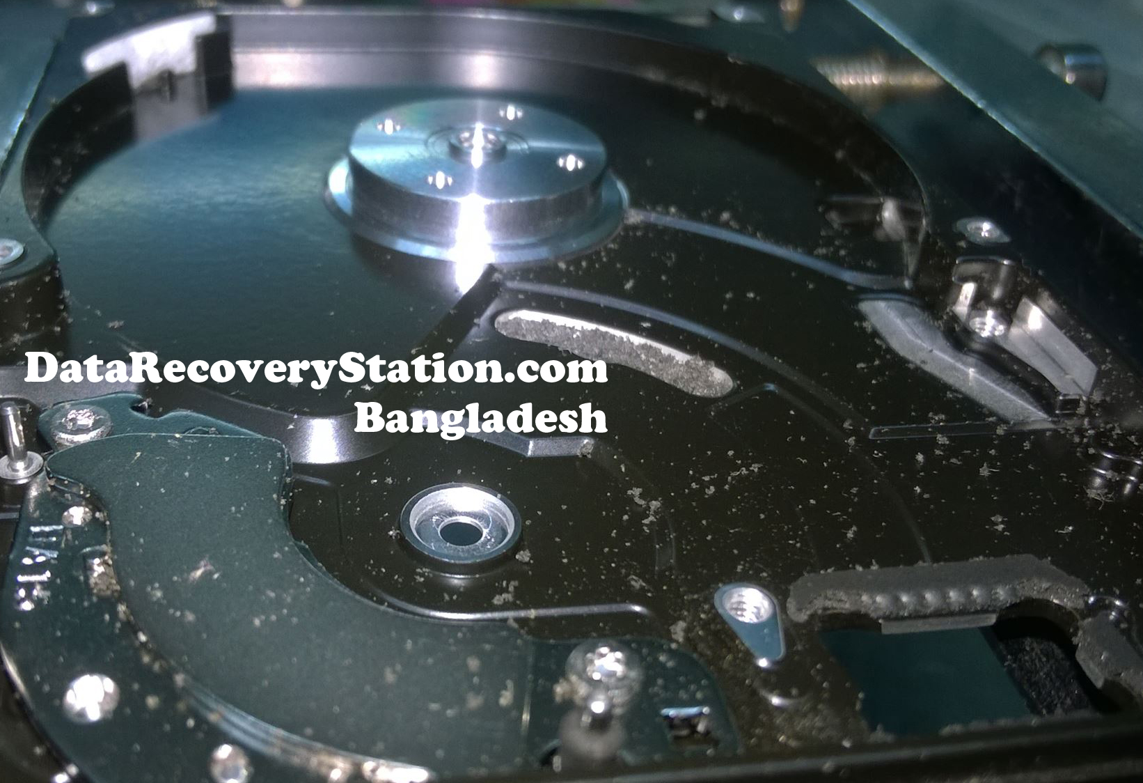 dirty-hdd-data-recovery-3